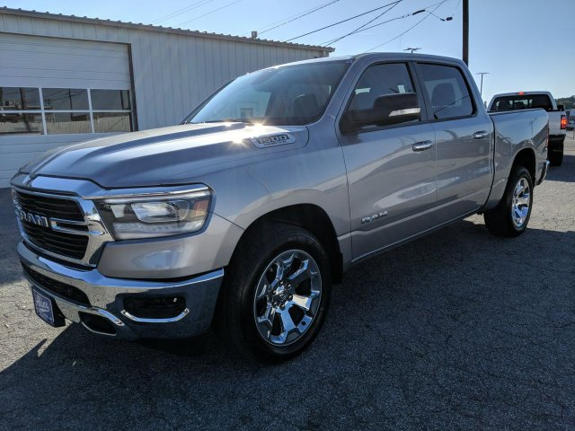 2019 Ram 1500 Crew Cab 4x2,  Pickup #KN527225 - photo 5