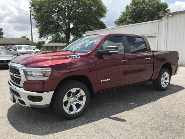 2019 Ram 1500 Crew Cab 4x2,  Pickup #KN527226 - photo 6