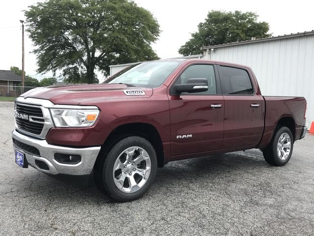 2019 Ram 1500 Crew Cab 4x4,  Pickup #KN554315 - photo 5