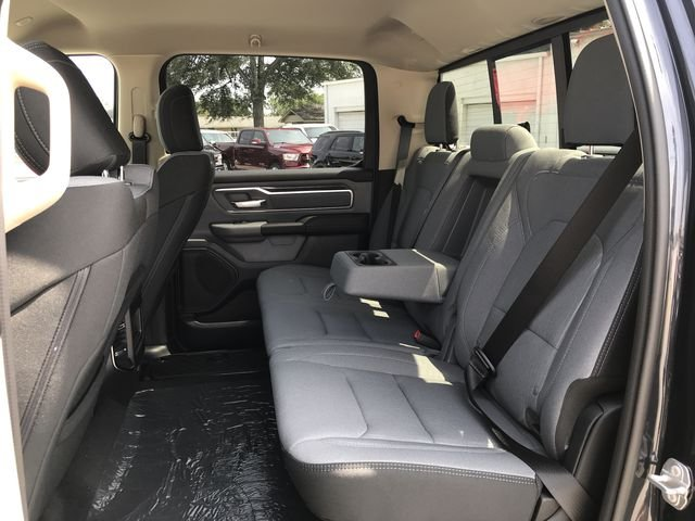 2019 Ram 1500 Crew Cab 4x4,  Pickup #KN554319 - photo 18