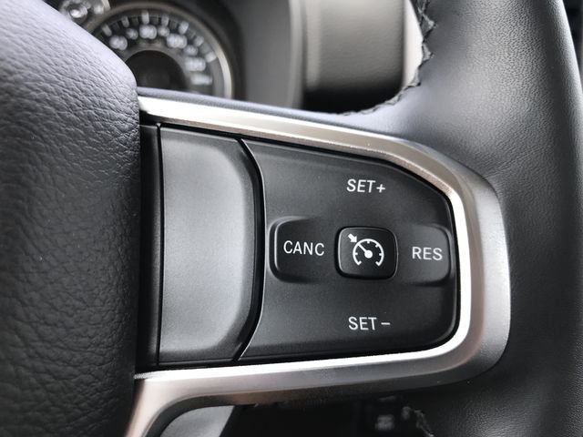 2019 Ram 1500 Crew Cab 4x4,  Pickup #KN554319 - photo 6