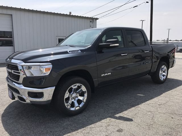 2019 Ram 1500 Crew Cab 4x4,  Pickup #KN554319 - photo 9
