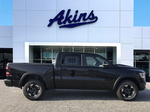 2019 Ram 1500 Crew Cab 4x4,  Pickup #KN583750 - photo 1