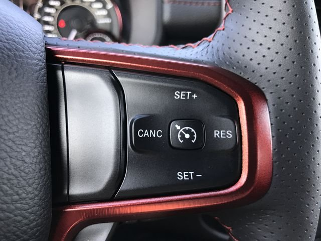 2019 Ram 1500 Crew Cab 4x4,  Pickup #KN583750 - photo 7