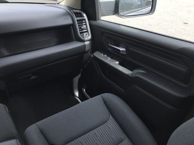 2019 Ram 1500 Crew Cab 4x2,  Pickup #KN590572 - photo 14