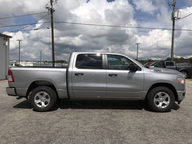 2019 Ram 1500 Crew Cab 4x2,  Pickup #KN590572 - photo 25