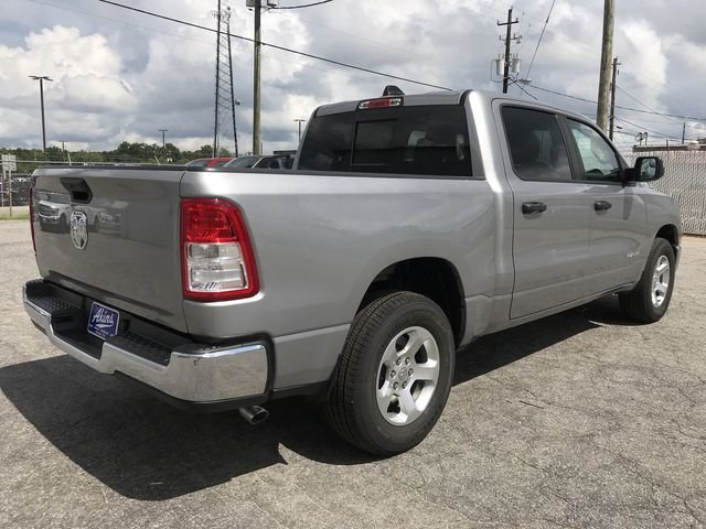 2019 Ram 1500 Crew Cab 4x2,  Pickup #KN590572 - photo 2