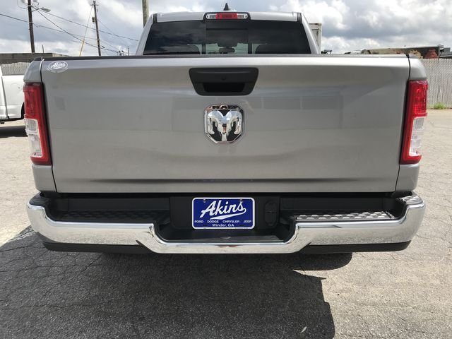 2019 Ram 1500 Crew Cab 4x2,  Pickup #KN590572 - photo 3