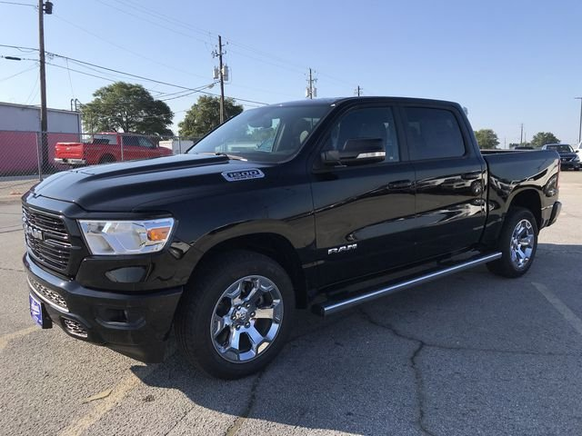 2019 Ram 1500 Crew Cab 4x2,  Pickup #KN590594 - photo 5