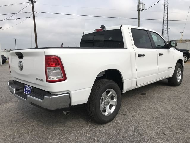 2019 Ram 1500 Crew Cab 4x4,  Pickup #KN597790 - photo 2