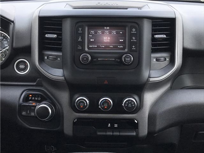 2019 Ram 1500 Crew Cab 4x4,  Pickup #KN597790 - photo 16