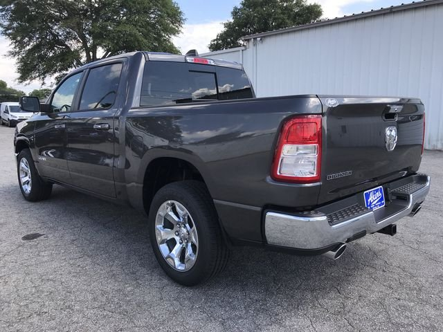 2019 Ram 1500 Crew Cab 4x2,  Pickup #KN604651 - photo 4