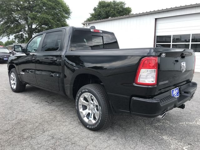 2019 Ram 1500 Crew Cab 4x2,  Pickup #KN609646 - photo 5