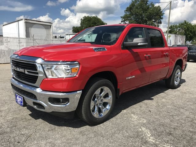 2019 Ram 1500 Crew Cab 4x2,  Pickup #KN609647 - photo 5