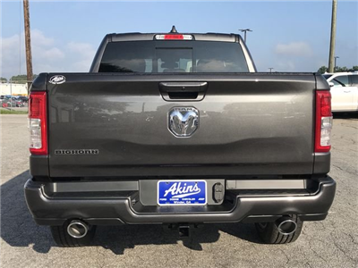 2019 Ram 1500 Crew Cab 4x2,  Pickup #KN609649 - photo 4
