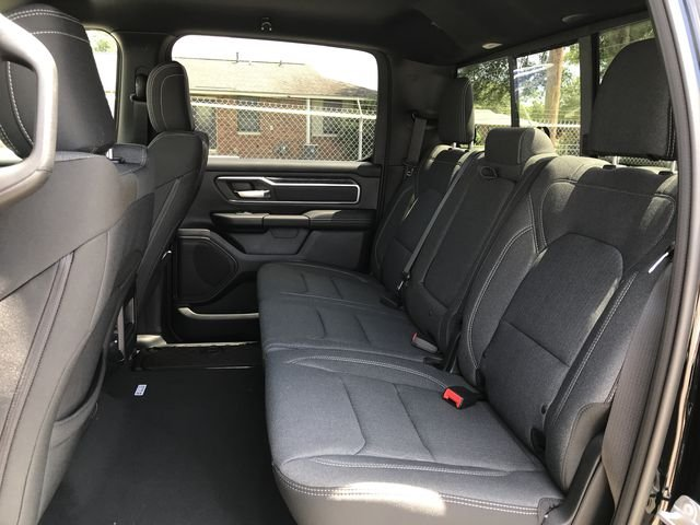 2019 Ram 1500 Crew Cab 4x4,  Pickup #KN611203 - photo 18