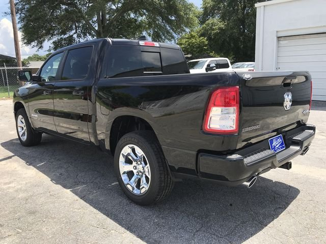 2019 Ram 1500 Crew Cab 4x4,  Pickup #KN611203 - photo 6