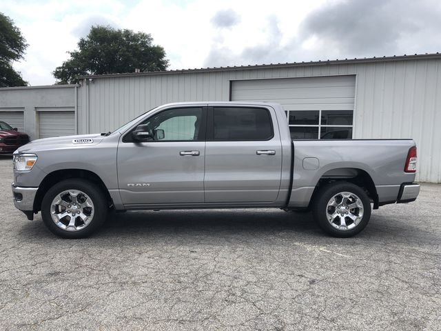 2019 Ram 1500 Crew Cab 4x2,  Pickup #KN611347 - photo 5