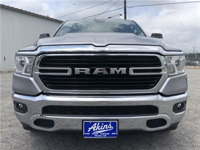 2019 Ram 1500 Crew Cab 4x2,  Pickup #KN611347 - photo 7