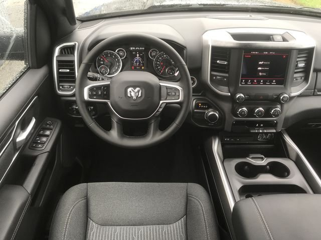 2019 Ram 1500 Crew Cab 4x2,  Pickup #KN611359 - photo 18