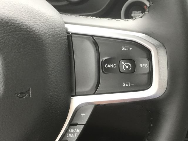 2019 Ram 1500 Crew Cab 4x2,  Pickup #KN611359 - photo 10
