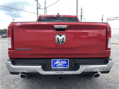 2019 Ram 1500 Crew Cab 4x2,  Pickup #KN611360 - photo 3