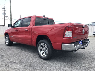 2019 Ram 1500 Crew Cab 4x2,  Pickup #KN611360 - photo 5