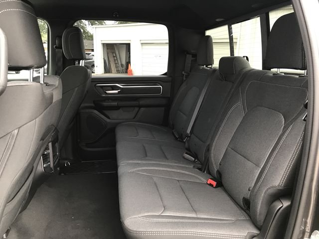 2019 Ram 1500 Crew Cab 4x2,  Pickup #KN611363 - photo 17