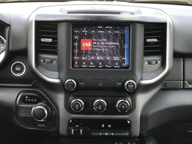 2019 Ram 1500 Crew Cab 4x2,  Pickup #KN611385 - photo 22
