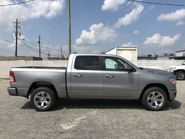 2019 Ram 1500 Crew Cab 4x2,  Pickup #KN611385 - photo 3