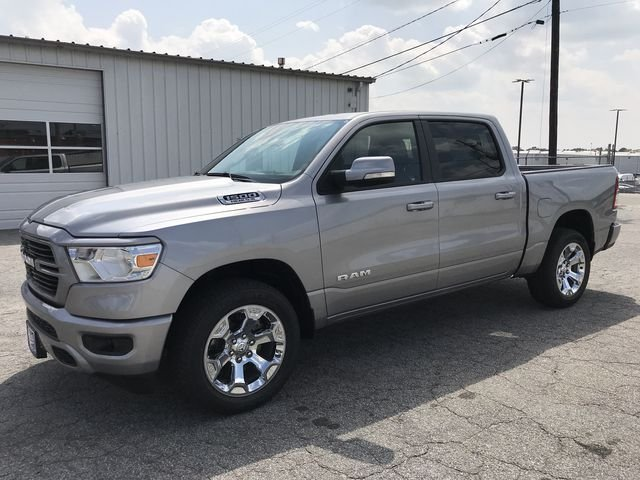 2019 Ram 1500 Crew Cab 4x2,  Pickup #KN611385 - photo 11