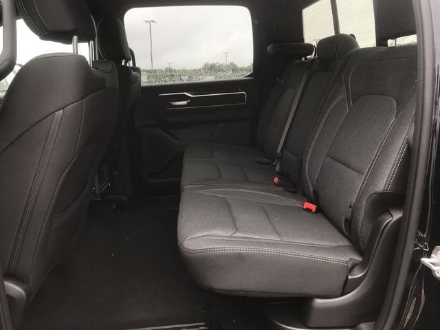 2019 Ram 1500 Crew Cab 4x2,  Pickup #KN611388 - photo 17