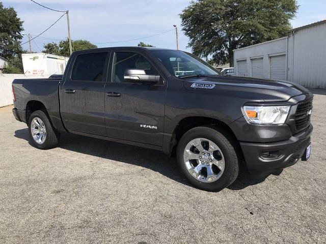2019 Ram 1500 Crew Cab 4x2,  Pickup #KN611389 - photo 2