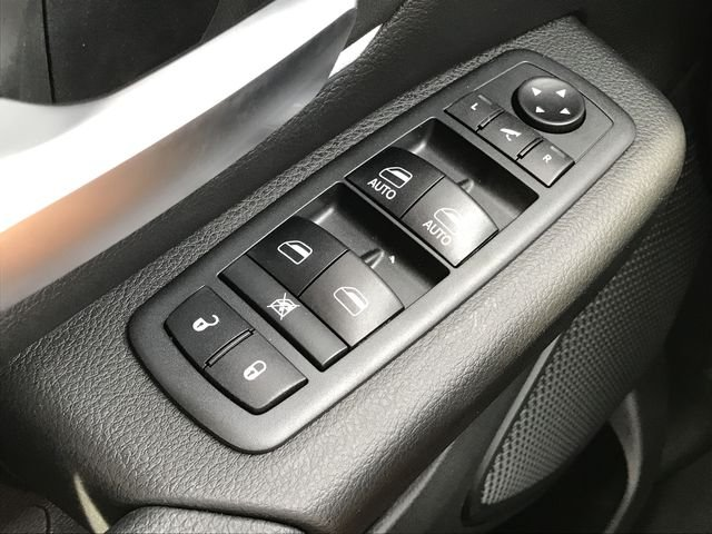 2019 Ram 1500 Crew Cab 4x4,  Pickup #KN611683 - photo 19