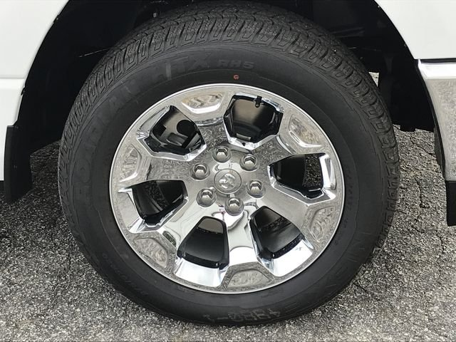 2019 Ram 1500 Crew Cab 4x4,  Pickup #KN611685 - photo 17