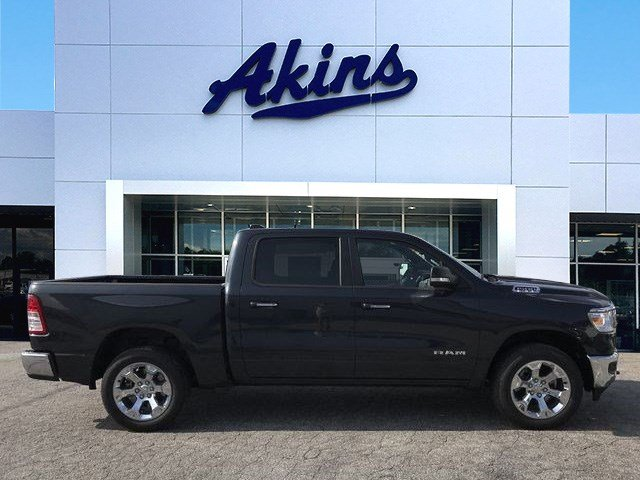2019 Ram 1500 Crew Cab 4x4,  Pickup #KN611696 - photo 1
