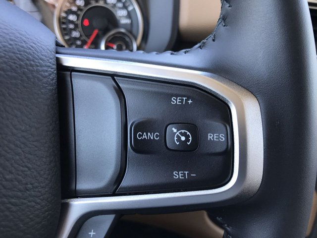 2019 Ram 1500 Crew Cab 4x4,  Pickup #KN816422 - photo 7