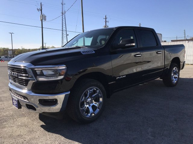 2019 Ram 1500 Crew Cab 4x2,  Pickup #KN822149 - photo 5