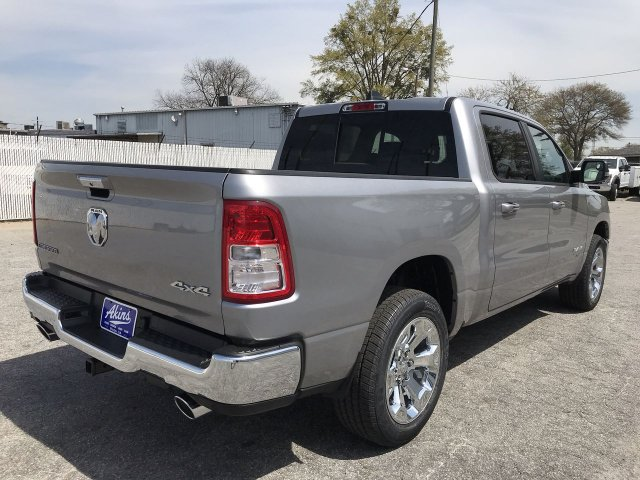 2019 Ram 1500 Crew Cab 4x4,  Pickup #KN825088 - photo 2