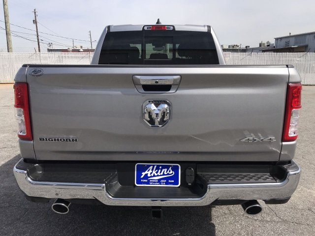 2019 Ram 1500 Crew Cab 4x4,  Pickup #KN825090 - photo 5