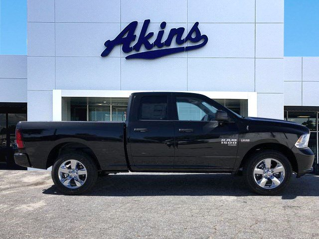 2019 Ram 1500 Quad Cab 4x2,  Pickup #KS516197 - photo 1