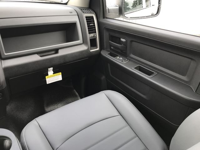 2019 Ram 1500 Quad Cab 4x4,  Pickup #KS525205 - photo 14