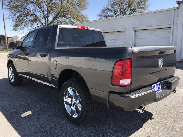 2019 Ram 1500 Crew Cab 4x2,  Pickup #KS625658 - photo 4