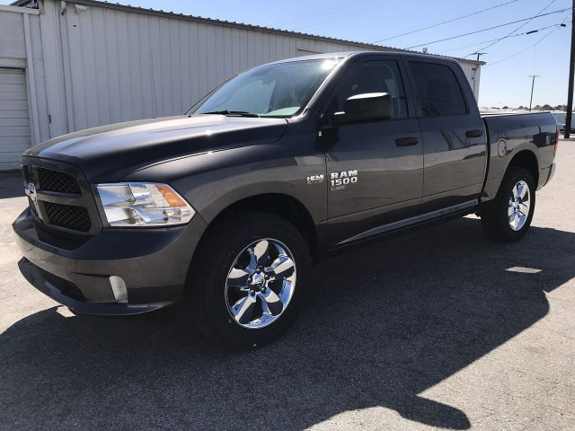 2019 Ram 1500 Crew Cab 4x2,  Pickup #KS625658 - photo 5