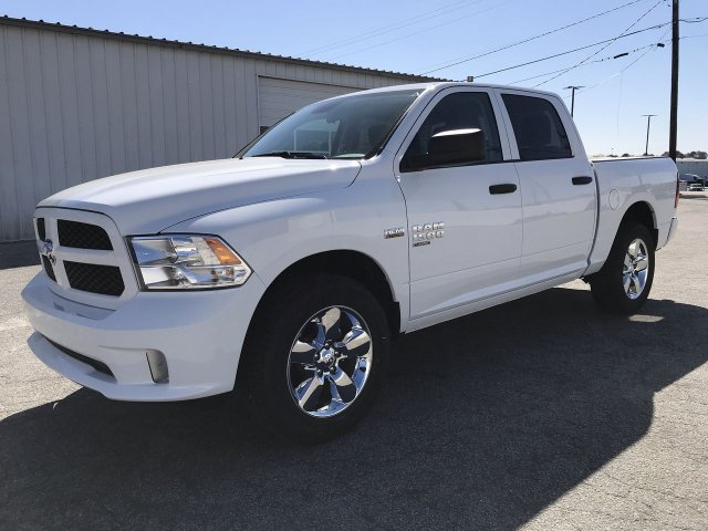 2019 Ram 1500 Crew Cab 4x2,  Pickup #KS625663 - photo 5