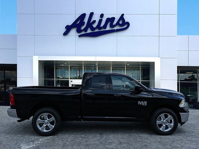 2019 Ram 1500 Quad Cab 4x2,  Pickup #KS661641 - photo 1