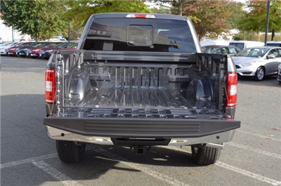 2018 F-150 Crew Cab 4x4, Pickup #F18031 - photo 15