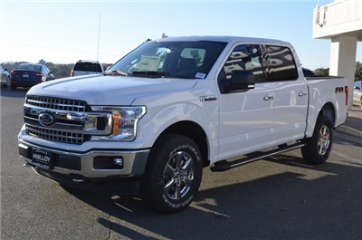 2018 F-150 SuperCrew Cab 4x4, Pickup #F18092 - photo 3