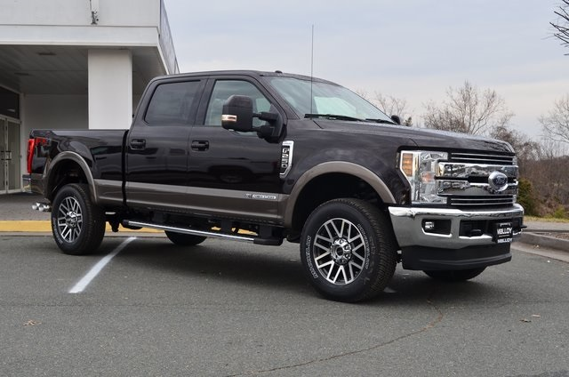 2018 F-250 Crew Cab 4x4, Pickup #F18178 - photo 3