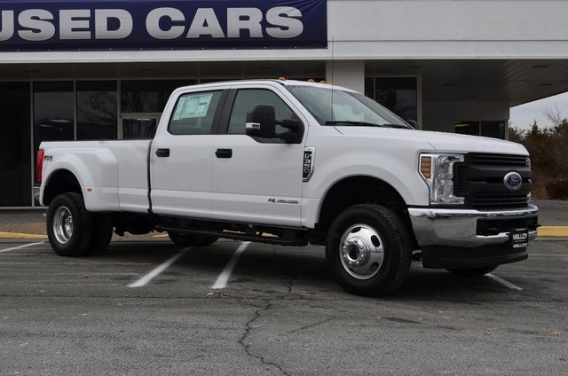 2018 F-350 Crew Cab DRW 4x4 Pickup #F18196 - photo 3